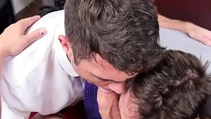 Hot jocks share cock sucking duties