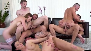 Bi hunks and babes get jizzcovered