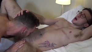 Tattooed punk fucks FTM stud in pussy and mouth