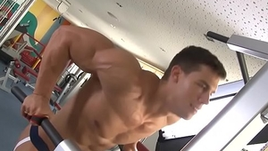 Naked muscle workout with cumshot