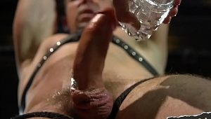 Mucky edged stud gets flogged by maledom